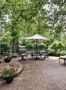 tuinbestrating voorbeeld tuinpad en terras